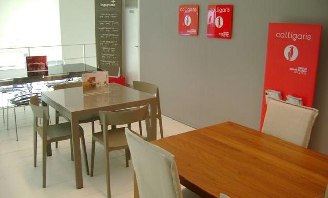 Punto vendita calligaris farolfi casa for Mobili firmati outlet