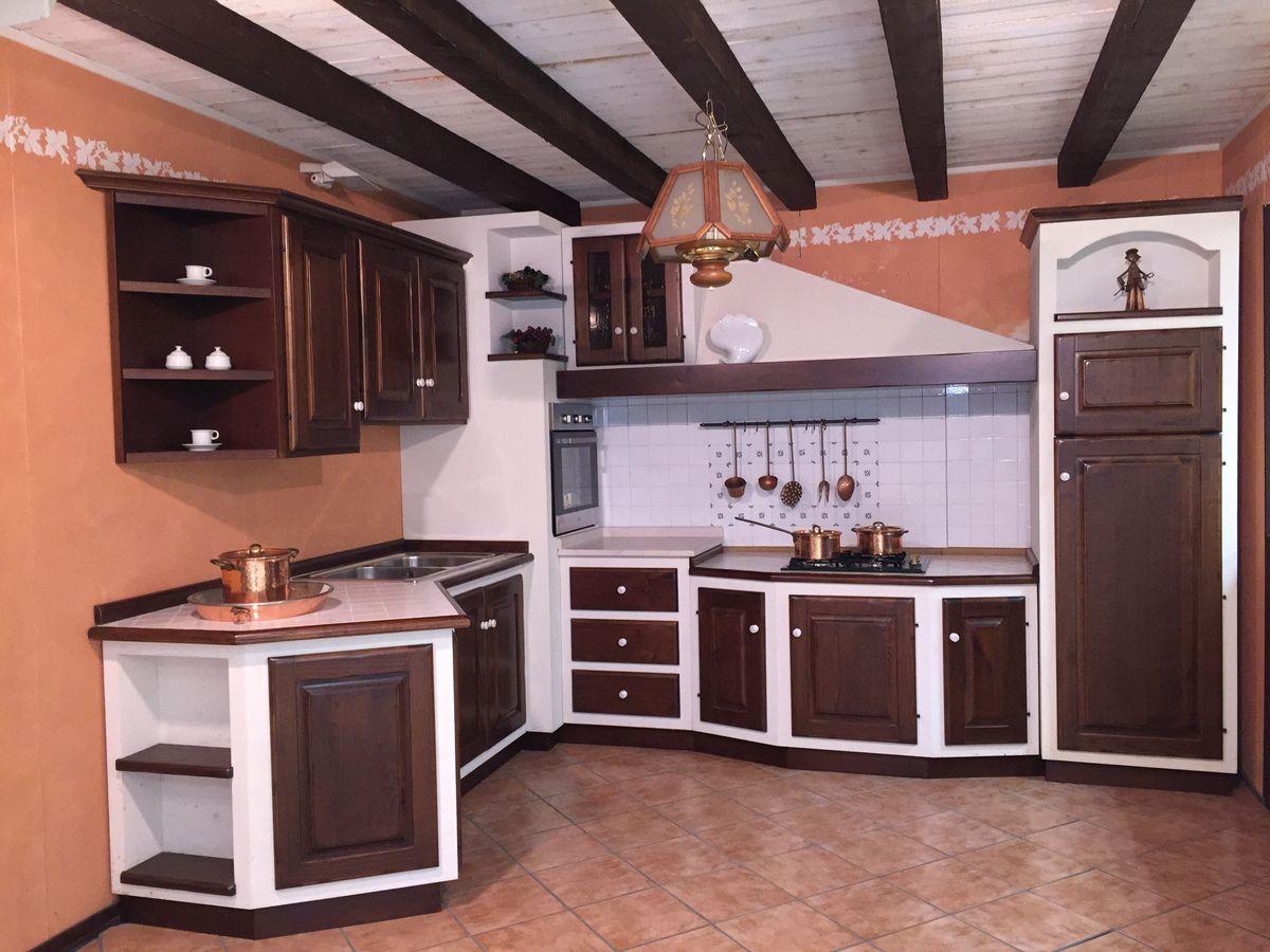 Cucina castagno scuro | Farolfi Casa