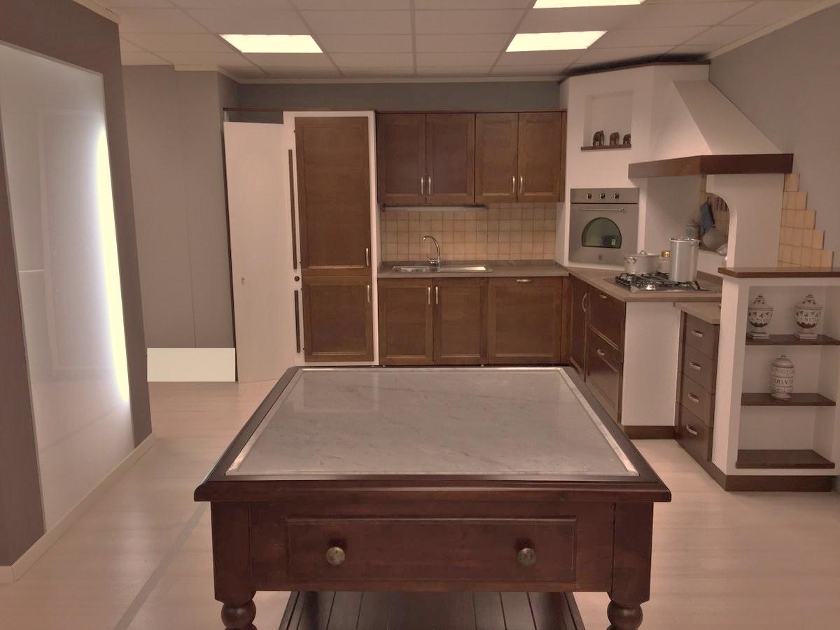 Cucina in rovere scuro farolfi casa - Cucine in rovere ...